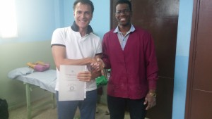Prof. Dario Apuzzo e dott. Calunga Fernandez, Specialista in Fisiologia, Cuba